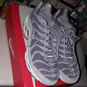 Suede grey women's air max plus
